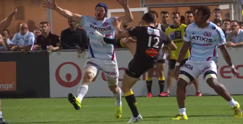 Awkward-looking cross field kick sets up epic try in Top 14 play offs