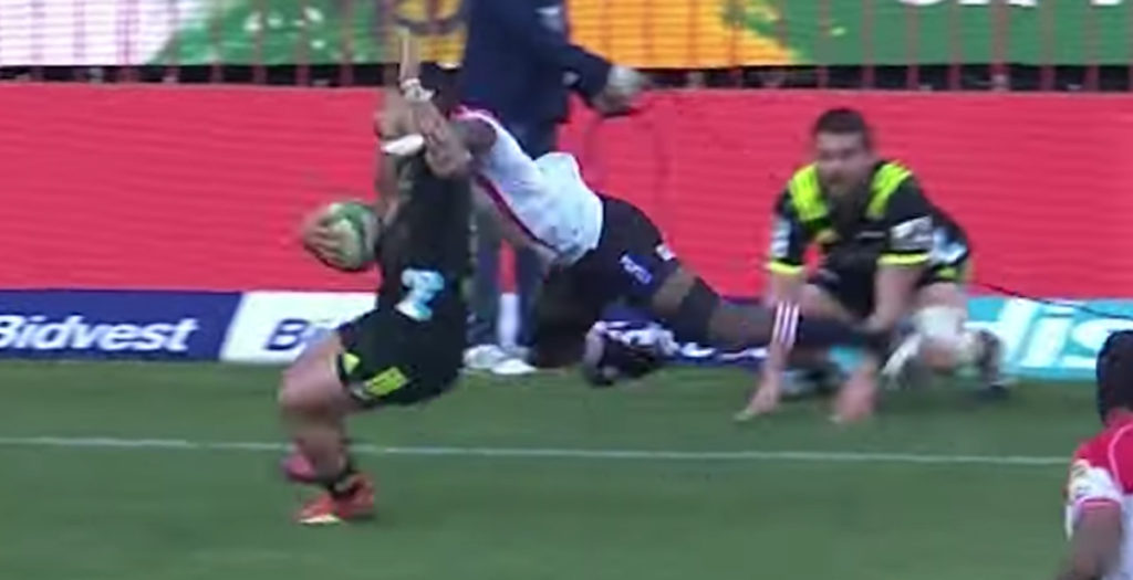 TJ Perenara left motionless after nasty-looking high tackle
