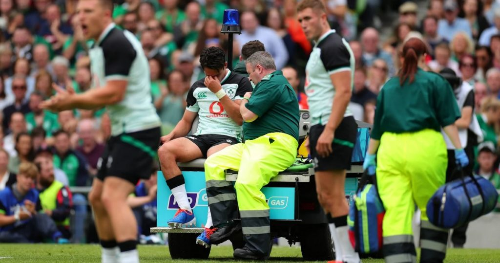 Joey Carbery taken off with ankle injury as Ireland beat Italy in Dublin