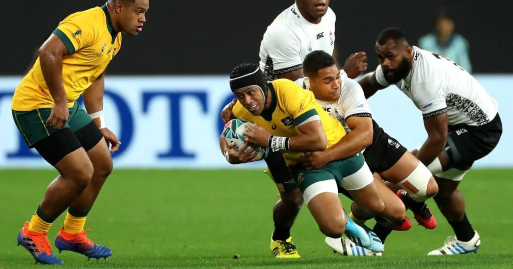 Australia survive first half scare to beat Fiji