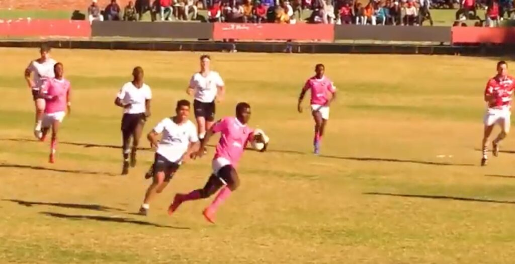 WATCH: South African schoolboy lock scores EPIC solo try from restart