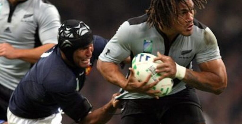 WATCH: Dusautoir's EPIC 38-tackle performance to defeat All Blacks in 2007 RWC