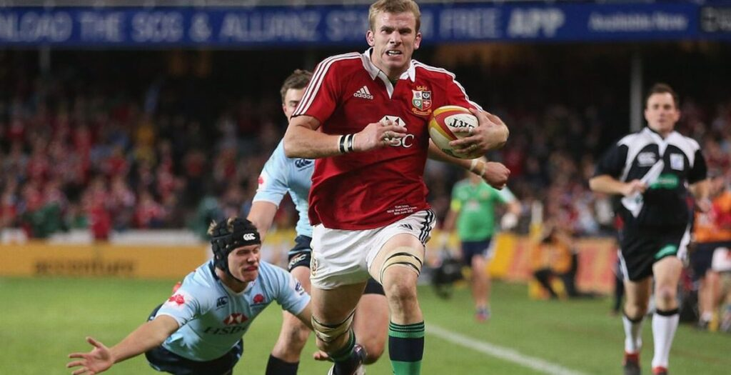 Awesome montage highlights the raw speed of England's Tom Croft