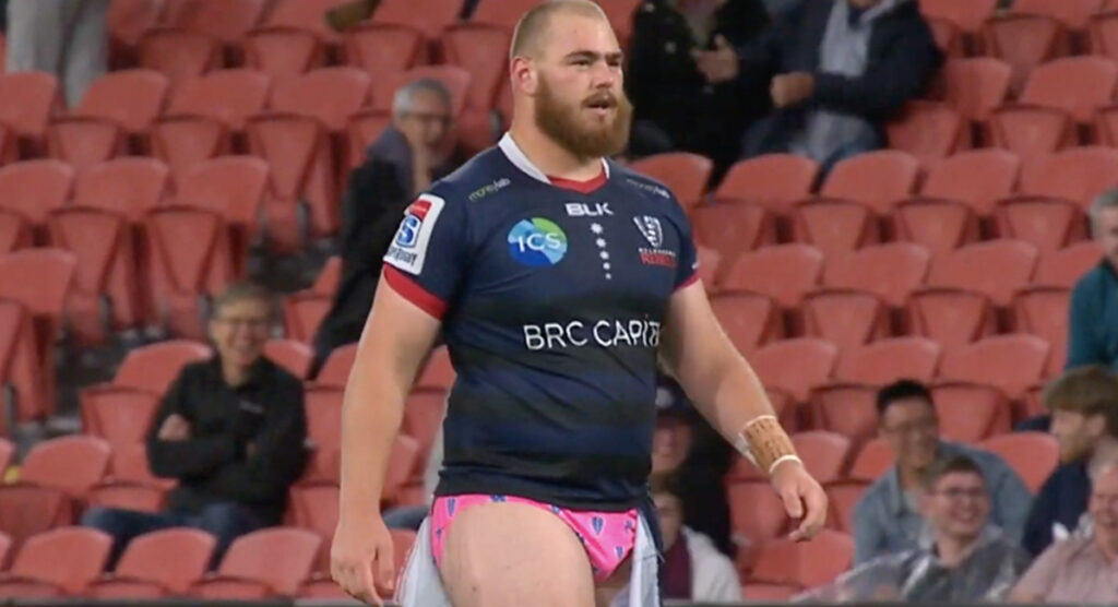 Melbourne prop unfazed with hilarious wardrobe malfunction