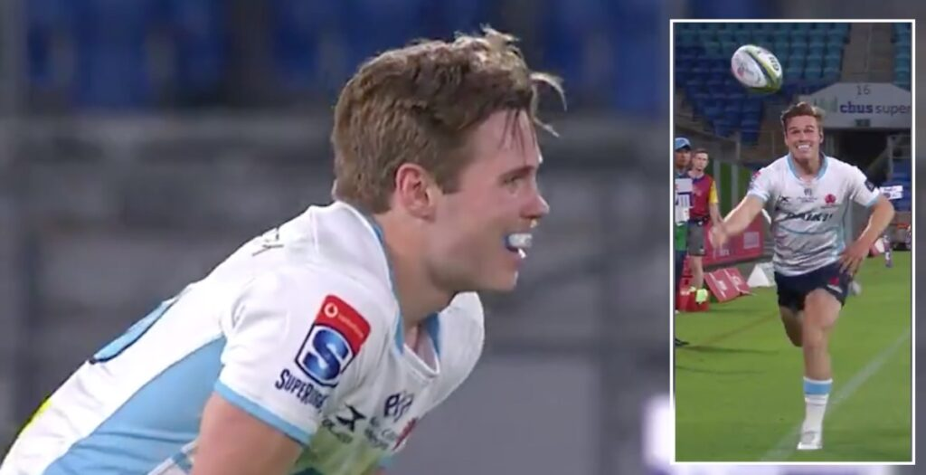 Future Wallabies star makes awesome 50/22 save with dramatic Superman dive