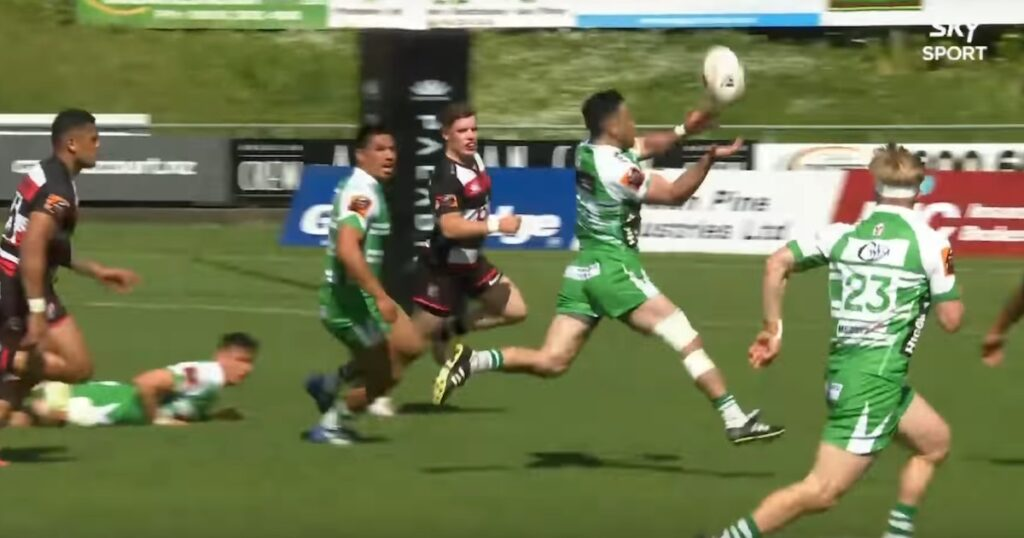 Magic Milner-Skudder pass sets up excellent Manawatu try in Mitre 10 Cup