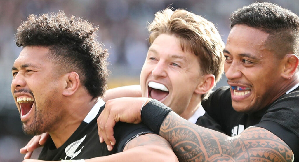 Savea not the only one to discard mouthguard as debate continues