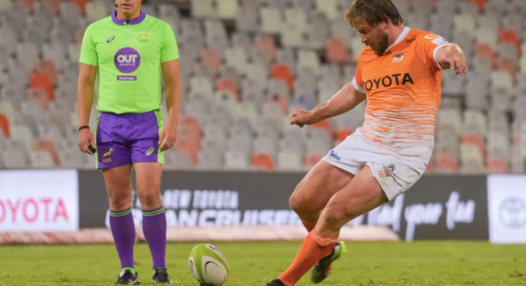 Vintage Frans Steyn launches last-minute missile to beat the Sharks