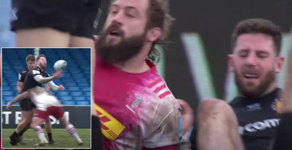 WATCH: Alex Cuthbert left wincing by the left shoulder of Joe Marler