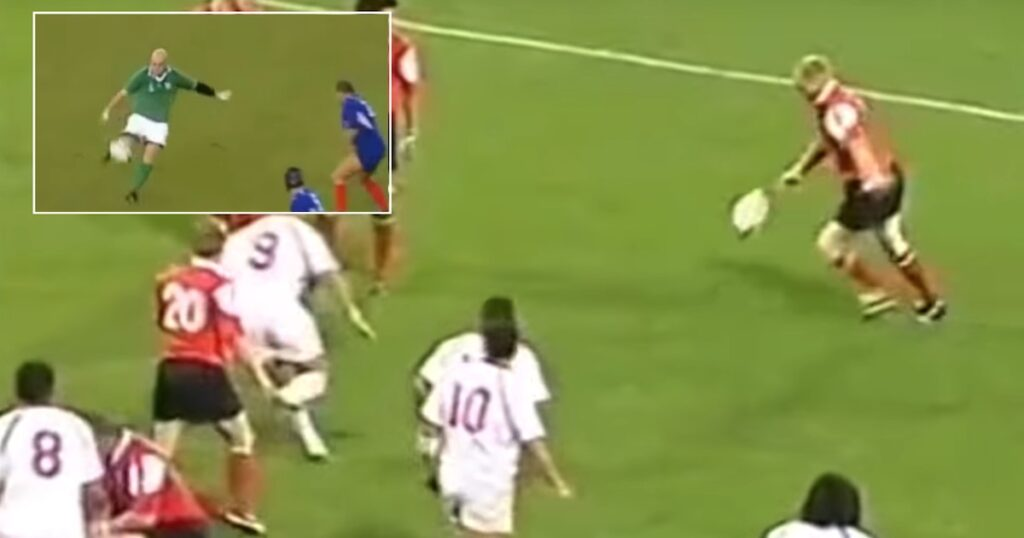 WATCH: When forwards decide to kick the world sits back and marvels