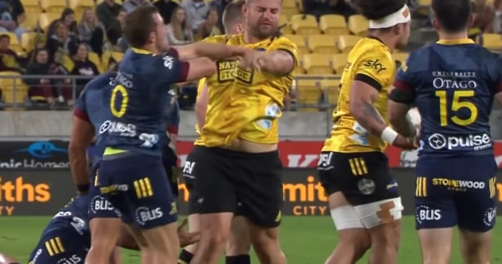 'We're just having a bit of fun, mate!' - Dane Coles shocked by referees decision after little scuffle