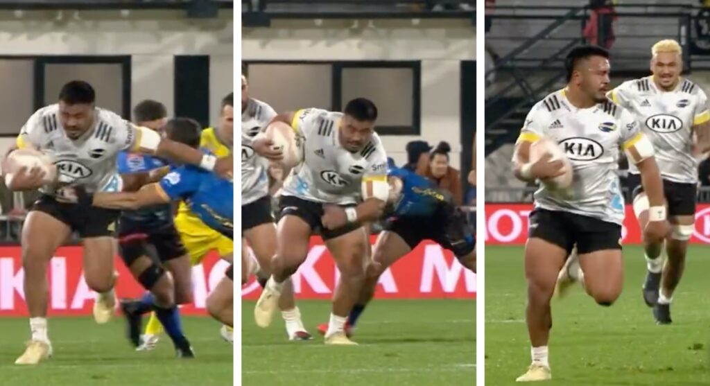 WATCH: Hooker produces ridiculous speed to score 60-metre wonder try for Hurricanes