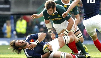 Danie Rossouw big tackle on Lionel Nallet in Cape Town