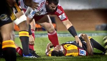 Good sportsmanship after another Owen Franks head clash
