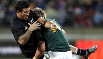 Jean De Villiers suspended for spear tackle on Rene Ranger